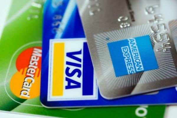 Mr. Plastic Fantastic Owns 1,497 Valid Credit Cards 3