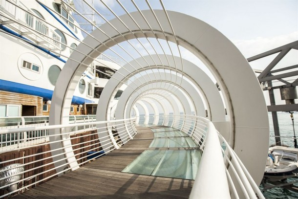 Sun Cruise Resort & Yacht In South Korea Is Amazing 11