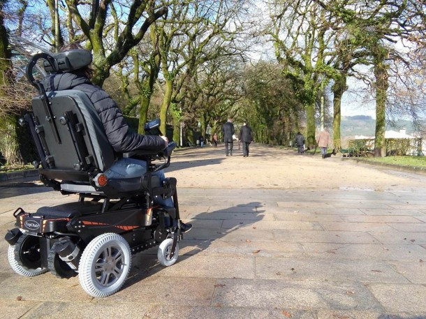 TopChair-S Wheelchair Can Easily Maneuver Stairs 8
