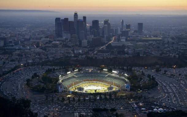Los Angeles Dodgers ballpark Dodger Stadium 'Chavez Ravine' Downtown LA, California Wallpaper