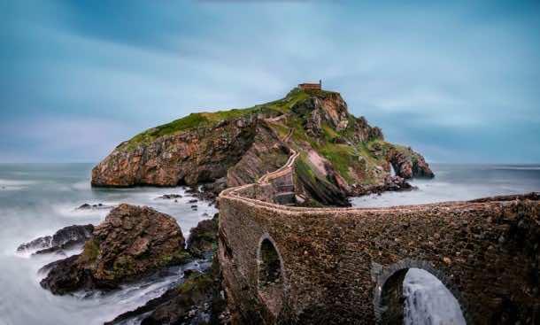 15 Mystical Bridges That Transport You To Fantasy World 5