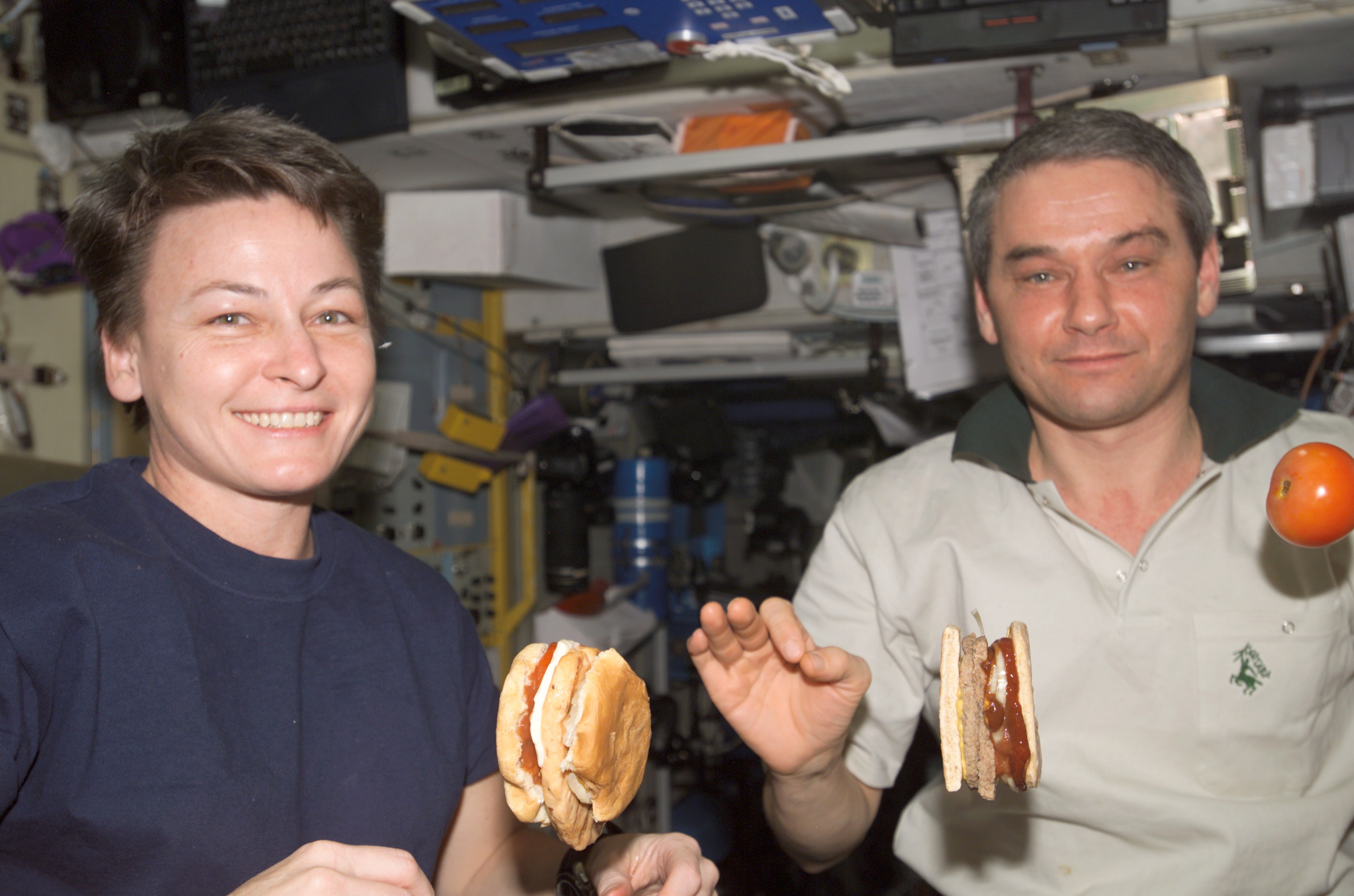 what foods do astronauts not eat in space - photo #5
