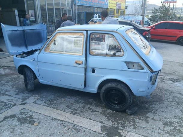 He Converted An Old Fiat Into An Electric Vehicle (48)