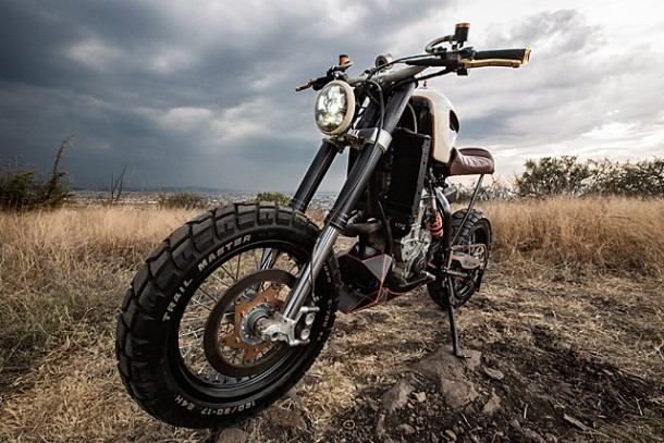 KTM 450 by Vitium Moto Is An Unconventional Motorcycle 5