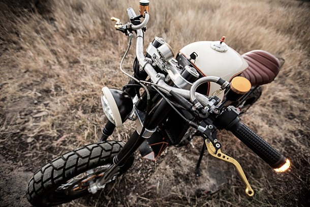 KTM 450 by Vitium Moto Is An Unconventional Motorcycle 6