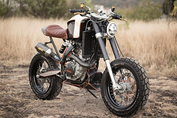 KTM 450 by Vitium Moto Is An Unconventional Motorcycle