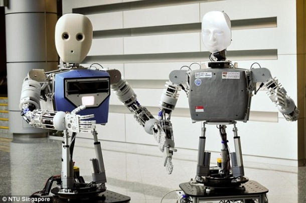 Robots Are Becoming Amazingly Skilled At Ironing Clothes 3