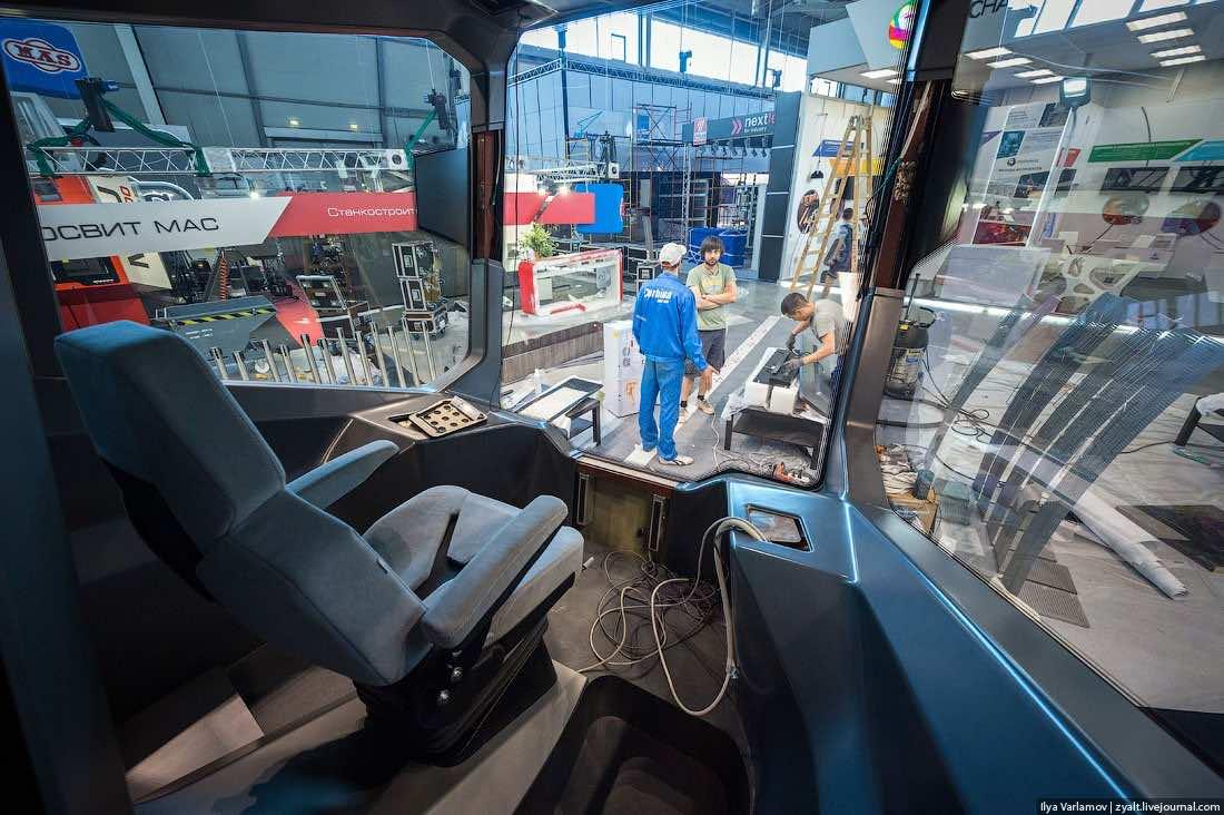 Russian One Tram7