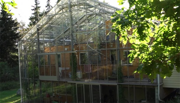 Swedish Couple Has A Greenhouse Surrounding Their House 2