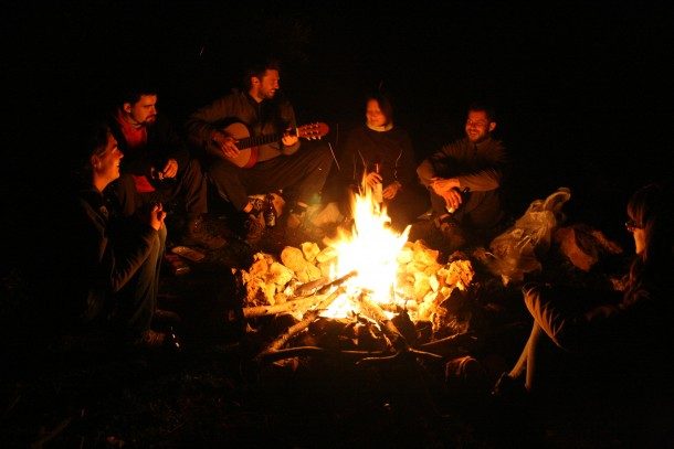 This Fire Can Last Over 14 Hours – Campers' Heaven 2