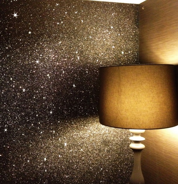 table lamp matched with glittered wallpaper