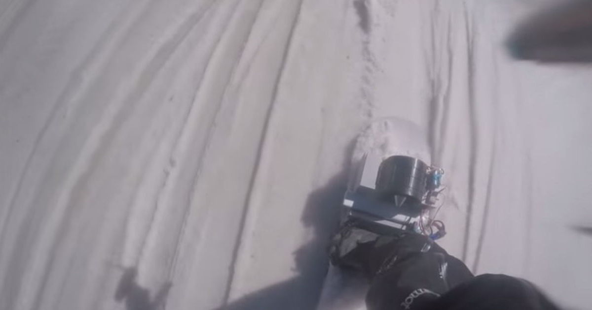 Amazing Jet-Powered Snowboard Takes Boarding to a Whole New Level