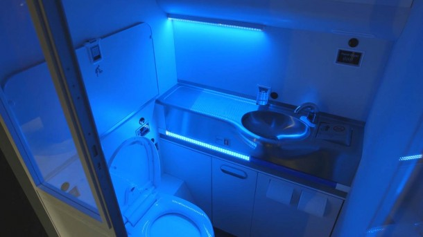 Boeing Self Cleaning Lavatory Is The Best Thing You Could Ask For