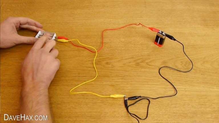 Как сделать микрофон из наушников без микрофона