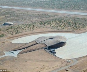 Google Is Building A Mysterious Radio Transmitter At Spaceport America