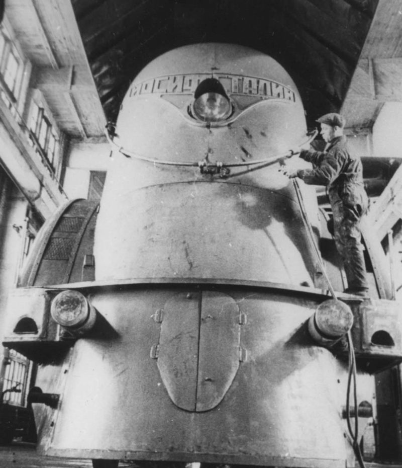 Joseph stalin train4