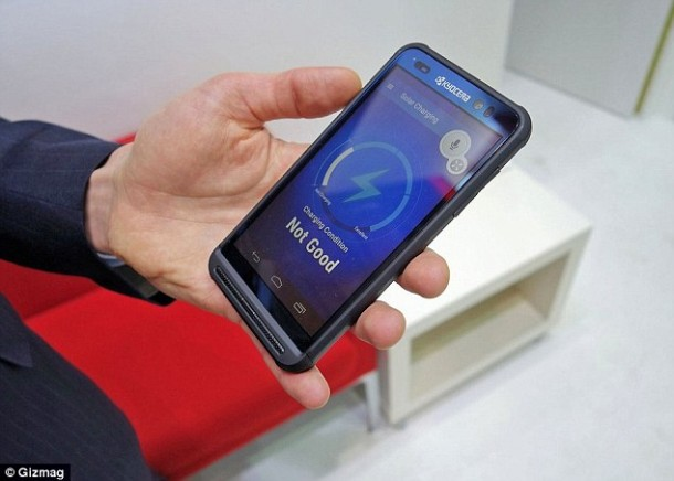 Kyocera Phone Relies On Solar Power To Charge Itself