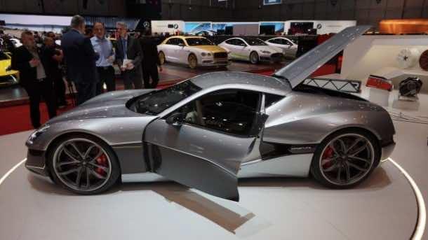 Rimac Unveils Concept One, World's Fastest Electric Car 6