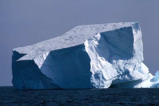 Titanic Sinker Iceberg Was 100,000 Years Old, Scientists Claim 4
