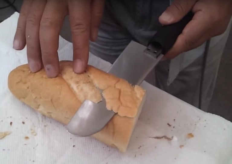 this ultrasonic knife can cut through bread like butter