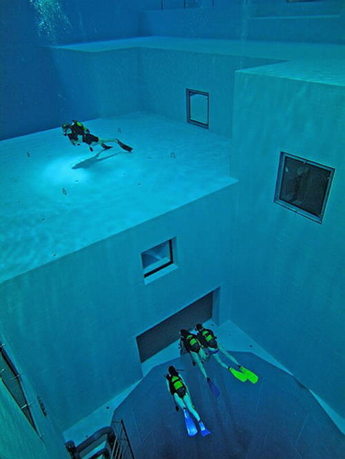 Check Out The Deepest Pool In The World 2
