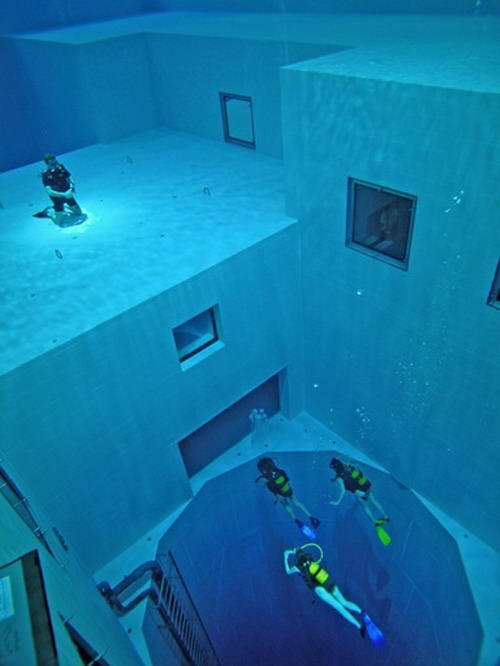 Check Out The Deepest Pool In The World 9