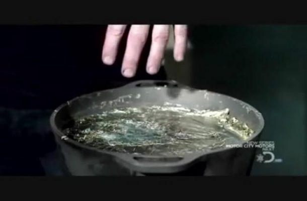 What Happens When You Dip Your Hand In Molten Liquid 3