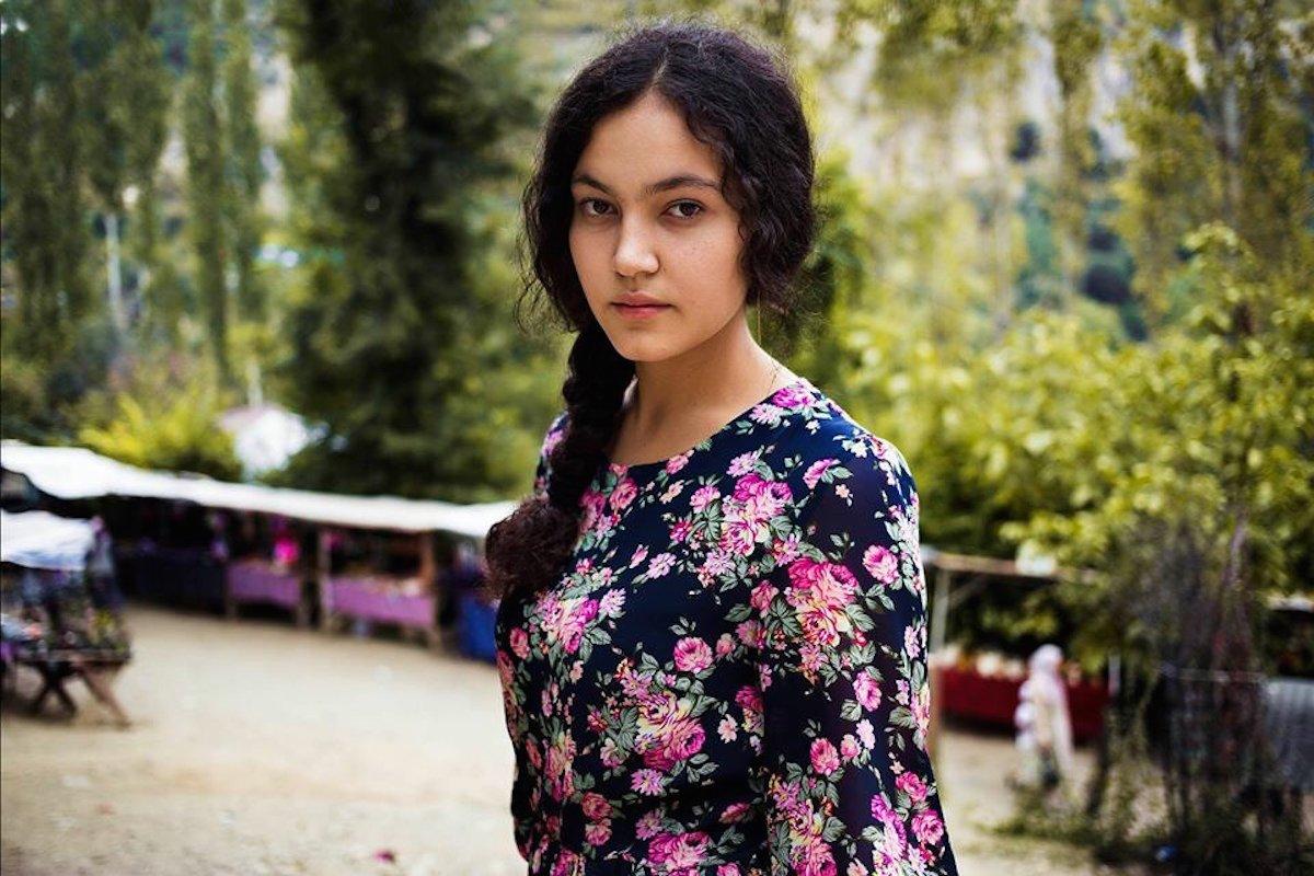 девушка по визы таджичка взгляните