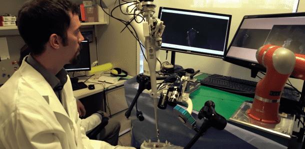 Autonomous Robot outperforms Human Surgeons Operates On A Living Pig_Image 3