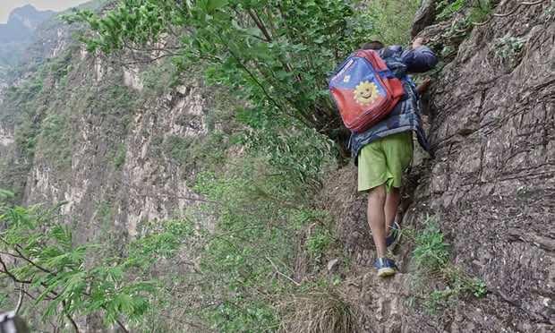China insane climb for students3