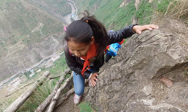 China insane climb for students4