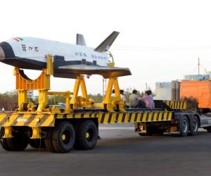 Here Are The Amazing Pictures From The Indias First Ever Space Shuttle Launch_Image 2