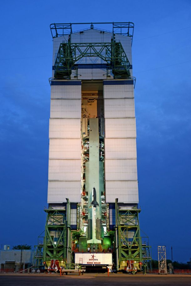 Here Are The Amazing Pictures From The Indias First Ever Space Shuttle Launch_Image 5