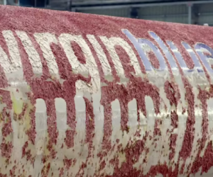 Here Is The Incredible Video Showing The Virgin Australia Boeing 737 As Its Paint Melts Off _Image 2