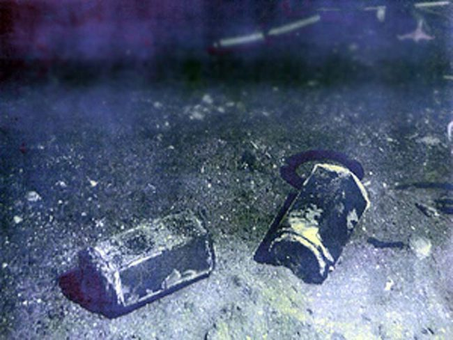 This Is Whats Left At The Bottom Of The Ocean After A Failed Satellite Launch_Image 4