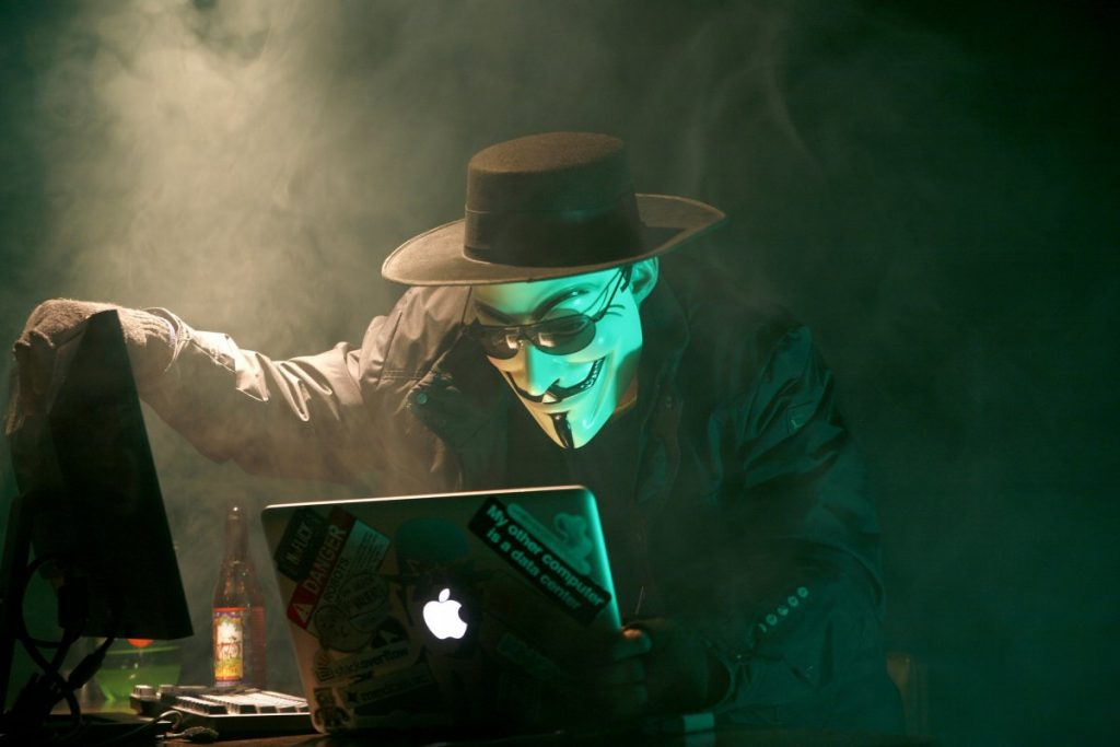 Top 10 Most Dangerous Hackers Of All Times_Image 0