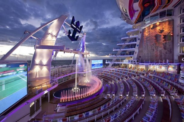 World's Largest Cruise Ship Flaunting Futuristic Features Docks in the UK_Image 10