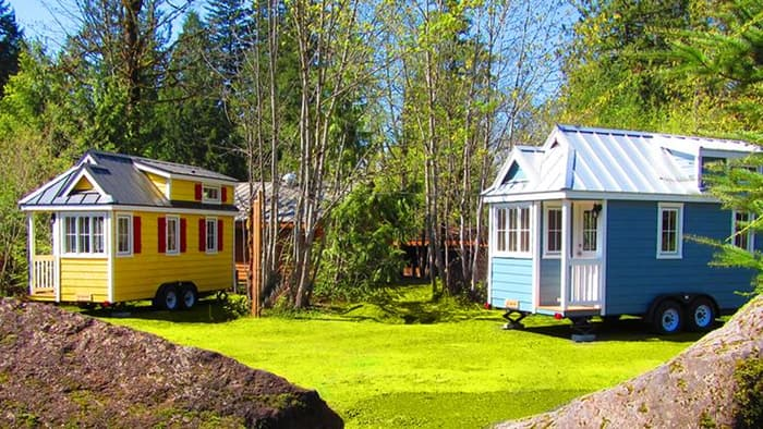 tiny ttiny trailer village avalable for rent32