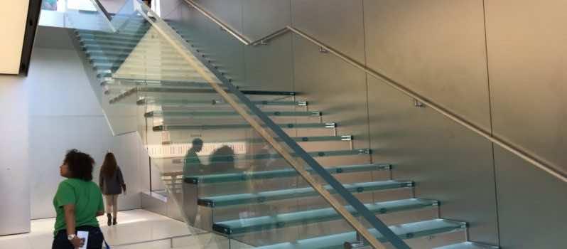 1 million dollar stair Apple store3