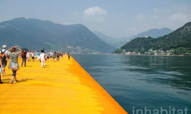 620,000 People Walk On Water Of Lake Iseo_Image 14