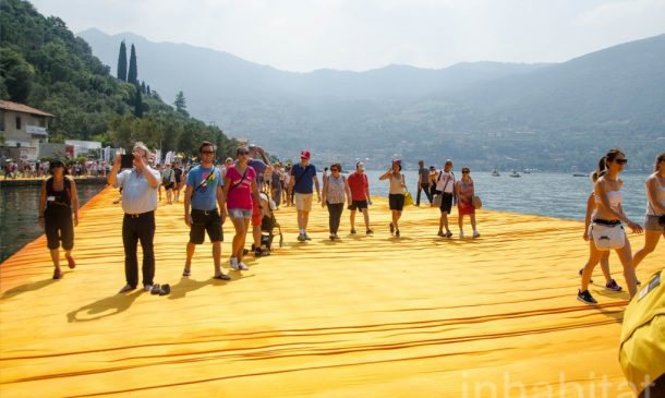 620,000 People Walk On Water Of Lake Iseo_Image 15