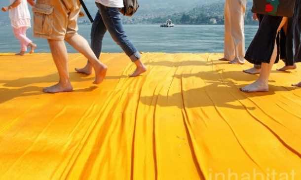 620,000 People Walk On Water Of Lake Iseo_Image 9