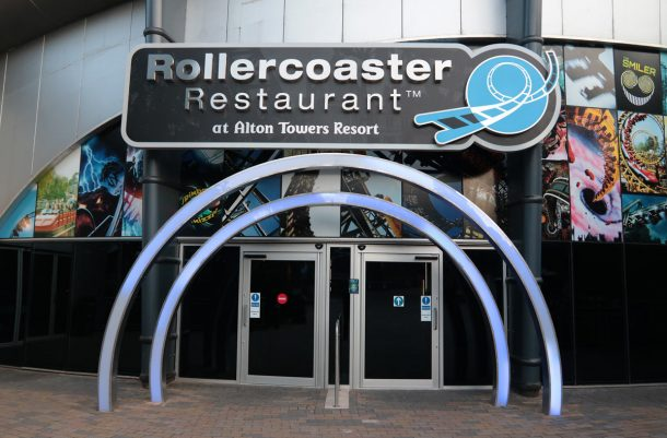 British Fast Food Restaurant Delivers Your Food Via Rollercoasters_Image 1