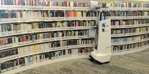 High-Tech Robotic Librarian Knows Its Books_Image 3