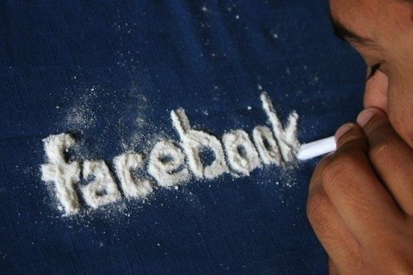 How To Stop Your Brain From Checking Facebook Every 31 Seconds_Image 0