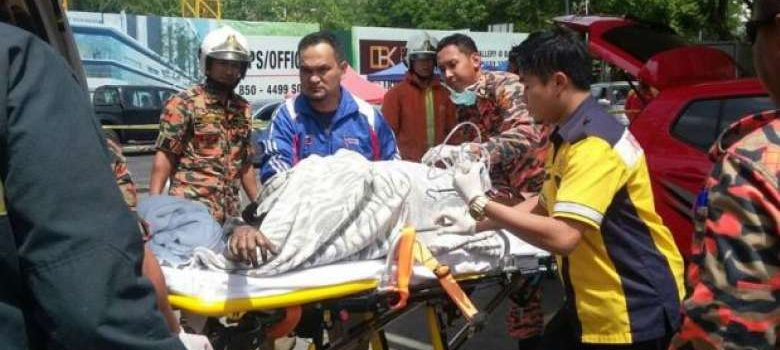 Malaysian woman gets deep burns while using mobile