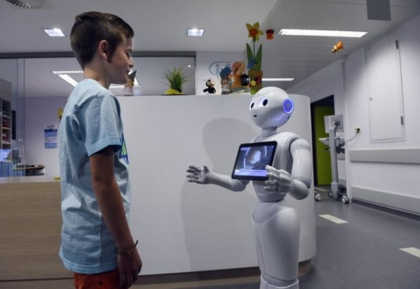 Pepper Starts Working At The Hospitals In Belgium_Image 2