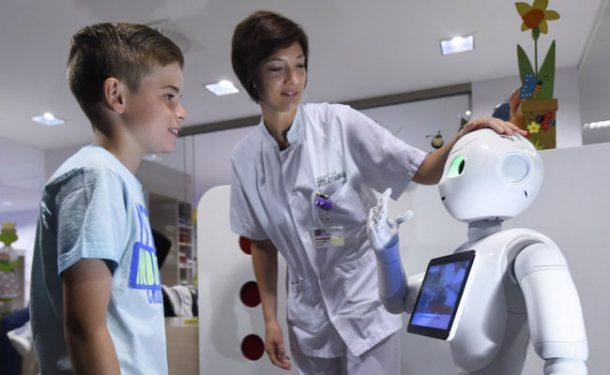 Pepper Starts Working At The Hospitals In Belgium_Image 3