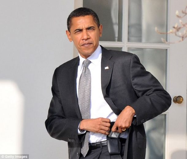President Obama Got Rid Of His Blackberry. A Phone Upgrade_Image 2