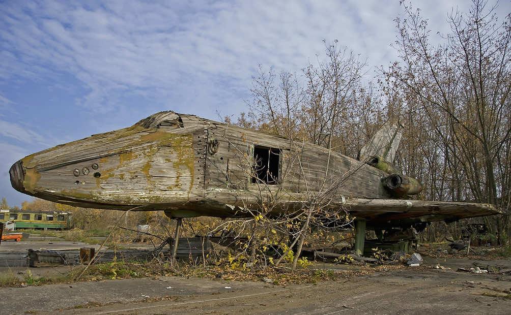 Russian Wooden space shuttle5